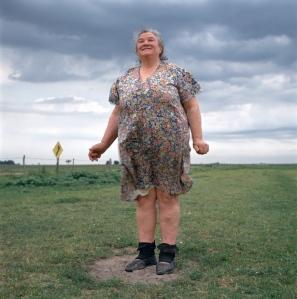 woman-standing-615